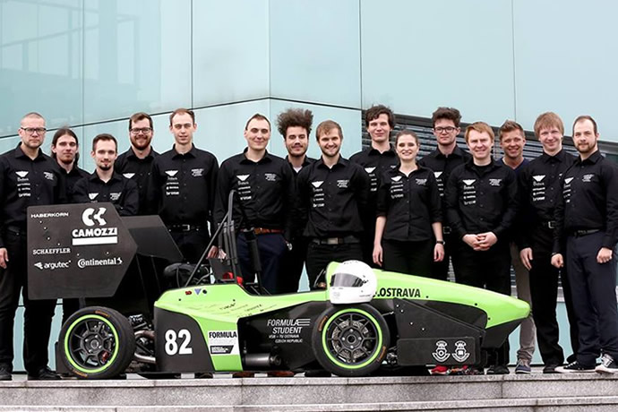 Formula Student – a Czech racing team is putting the pedal to the metal