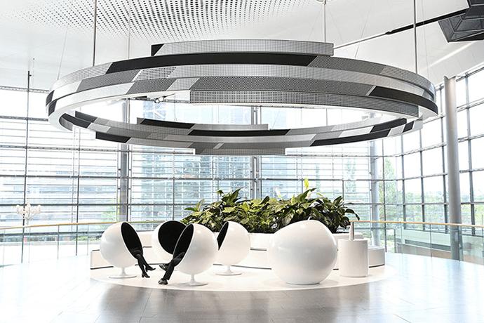 Spectacular 360° display in the Autostadt Wolfsburg