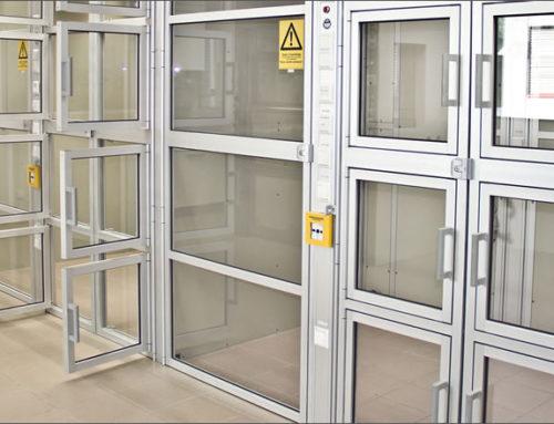 Cabinas para hacer la producción farmacéutica segura
